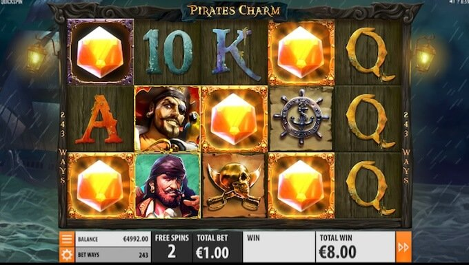 Win free spin in Pirate's Charm slot